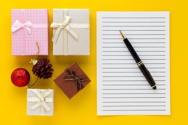 Cadeaux et note à écrire