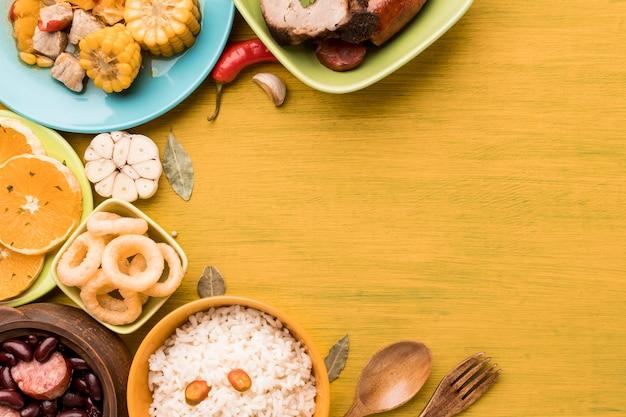 Cadre alimentaire plat avec espace copie