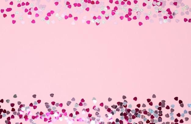 Cadre de coeurs de confettis