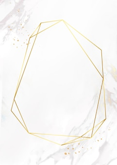 Cadre doré sur fond de marbre