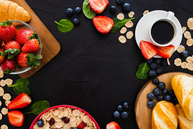Cadre fait avec des aliments sains