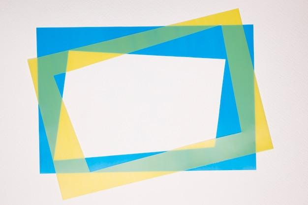 Cadre frontière jaune et bleu sur fond blanc