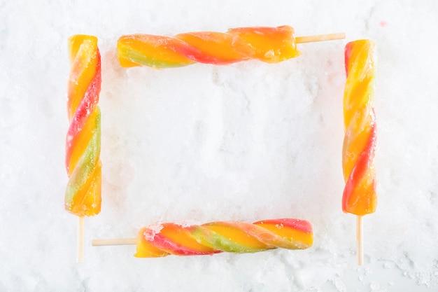 Cadre de glace de fruits