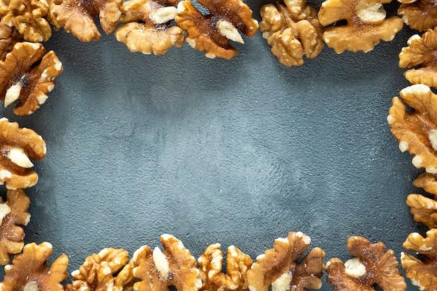 Cadre de noix avec espace copie vue de dessus