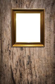 Cadre photo en bois sur fond de bois vieux