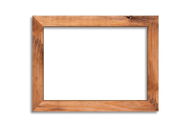 Cadre photo en bois isolé sur blanc