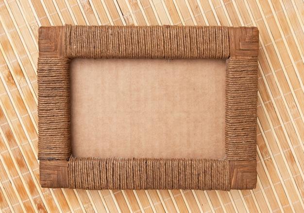 Cadre photo sur le tapis de fond