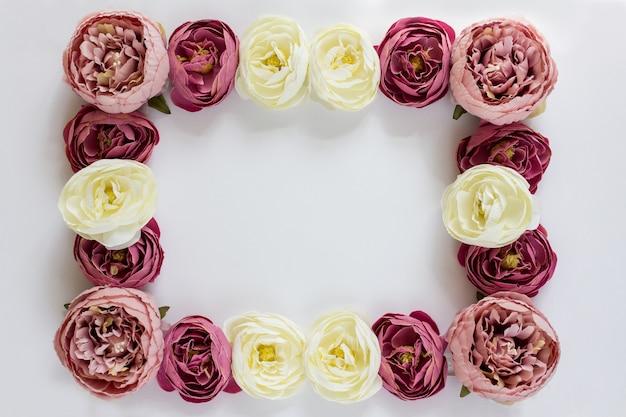Cadre de pivoines fleurs
