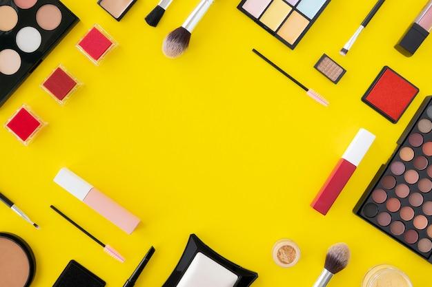 Cadre de produits de maquillage