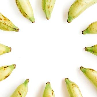 Cadre rond en bananes. concept de cuisine créative