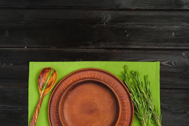 Cadre de table de style rustique sur bois