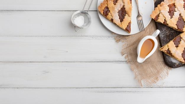 Cadre de tarte plat avec copie-espace