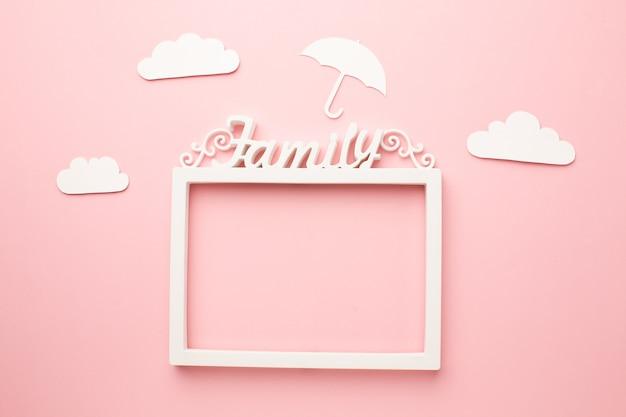 Cadre vue de dessus avec figure de famille