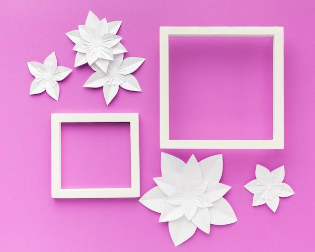 Cadres et ornements de fleurs en papier