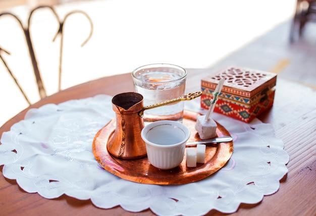 Café bosniaque à sarajevo