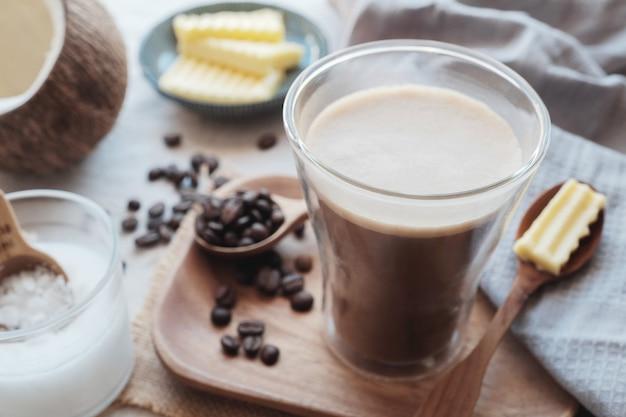 Café à l'épreuve des balles, aliments cétogènes