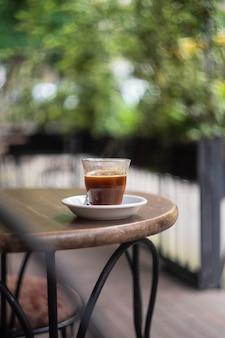 Café d'été en plein air
