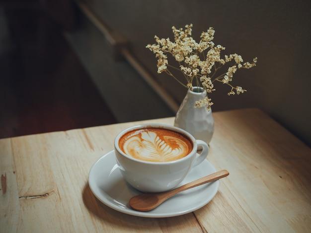 Café fond de formation de couleur chaude