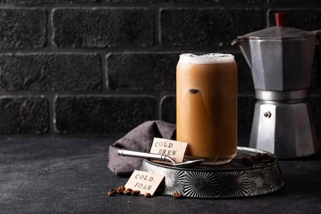 Café infusé à froid avec mousse froide