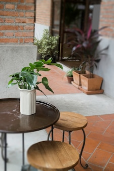 Café salle à manger terrasse extérieure