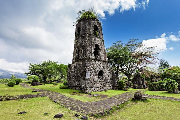 Cagsawa ruines