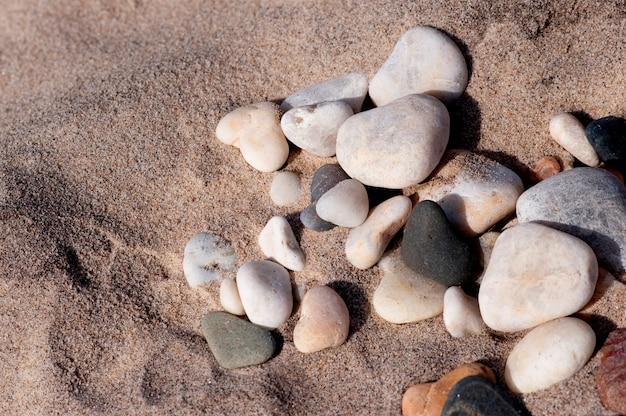 Cailloux sur la plage dans les hamptons