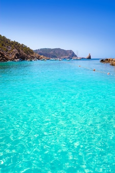 Cala benirras plage d'ibiza à sant joan