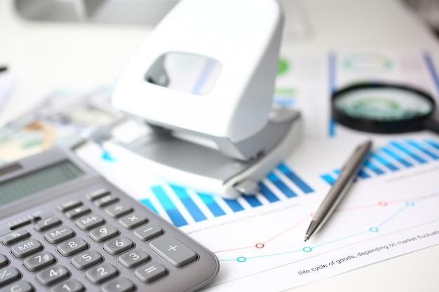 Calculatrice d'argent et statistiques financières sur le presse-papiers