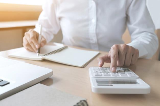 Calculs comptables féminins