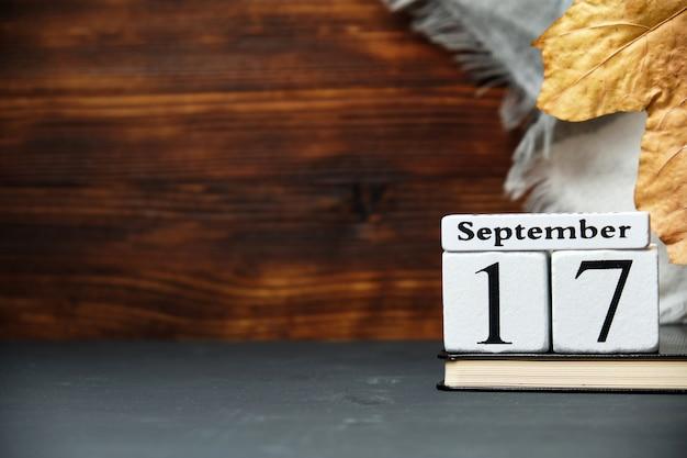 Calendrier du dix-septième jour du mois d'automne septembre