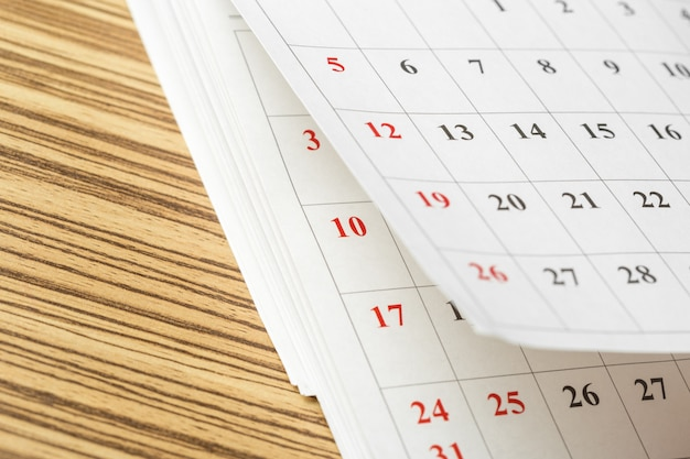 Calendrier sur la table