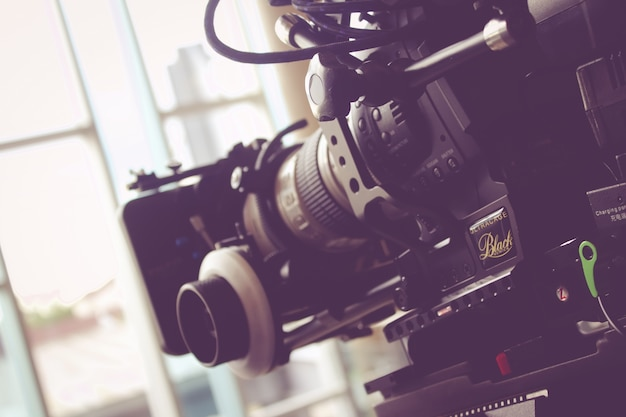 Caméra filmée sur scène pour une production cinématographique