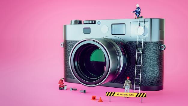 Caméra de réparation du modèle.doll stand autour de la caméra.