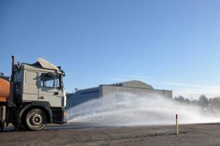 Camion-citerne d'eau