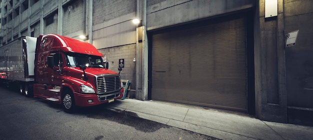 Camion panoramique dans une rue de chicago