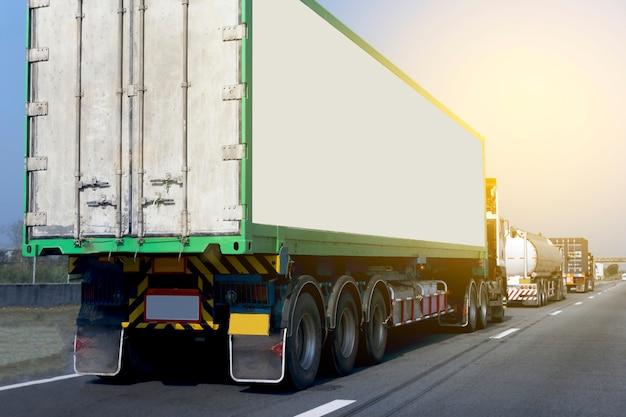 Camion, route, route, conteneur