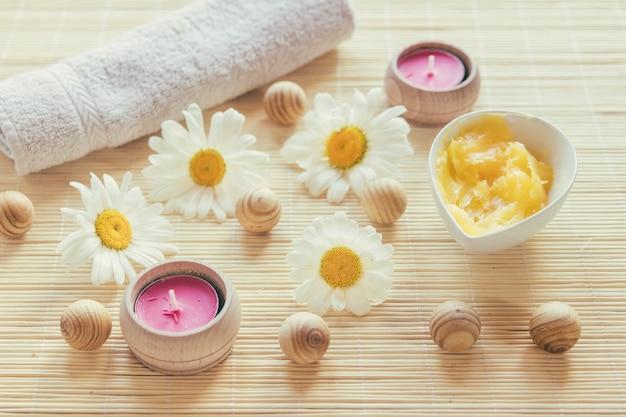 Camomilles, beurre de karité et bougies