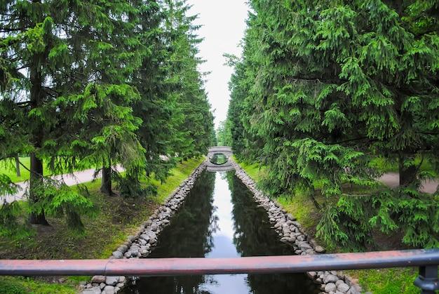 Canal tsarskoïe selo à saint-pétersbourg