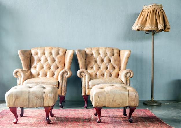 Canapé de style classique en cuir véritable