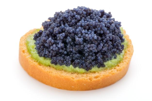 Canapés au caviar d'esturgeon noir