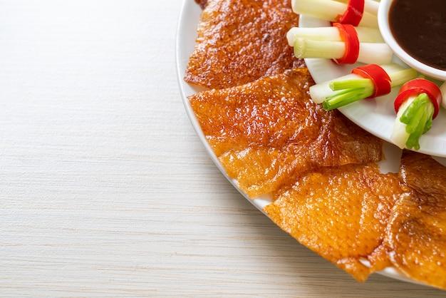 Canard laqué - style de cuisine chinoise