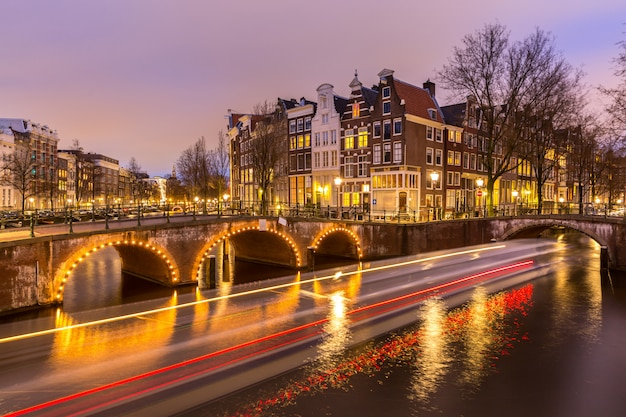 Canaux d'amsterdam pays-bas