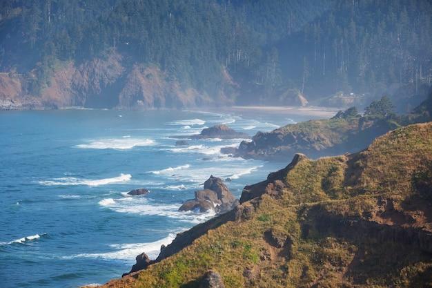 Cannon beach, oregon coast, états-unis