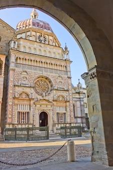 Capella colleoni, basilique santa mria maggiore bergame, italie