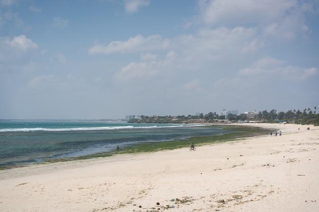 La capitale tanzanienne dar es salaam en afrique