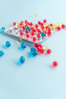 Capsules colorées sous blister