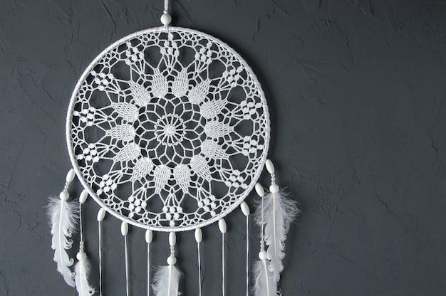 Capteur de rêves napperon en crochet blanc