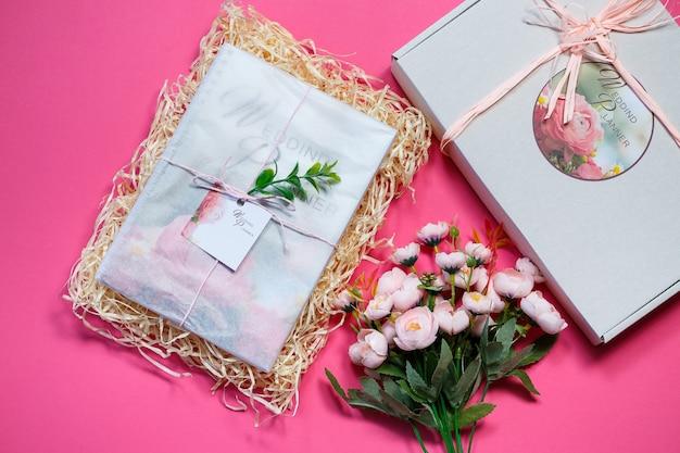 Carnet de notes pour les futurs mariés. carnet de mariage pour la mariée