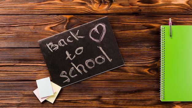 Carnet près de retour à l'école