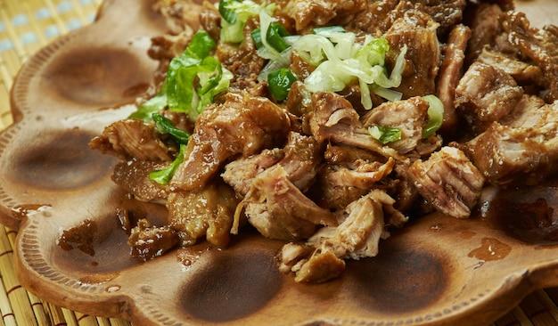 Carnitas - porc effiloché à la mijoteuse mexicaine, carnitas de porc